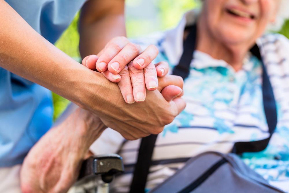 Long-term care insurance   Financial advice