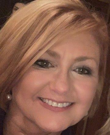 Shelley LeBlanc